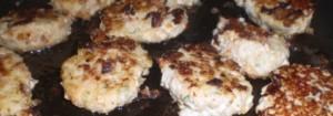 Fiskefrikadeller med bacon