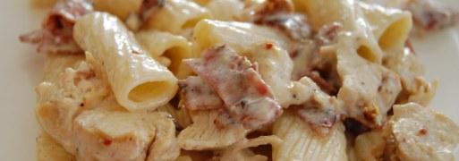 Lækker Opskrift På Pastasalat Med Kylling Og Bacon